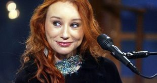 Tori-Amos-Net-Worth-salary-house-cars