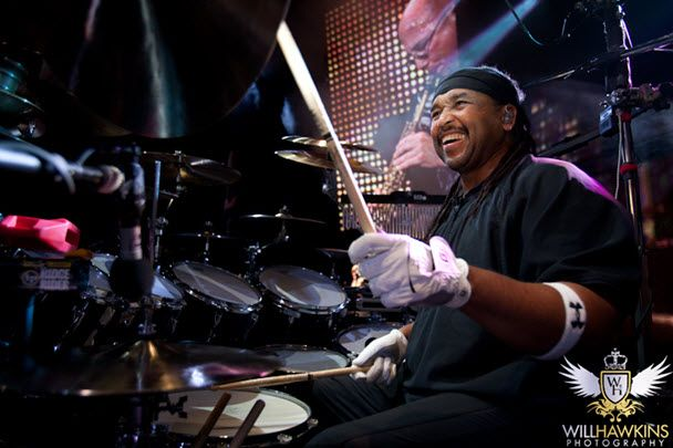 Carter-Beauford-Net-worth-salary-house