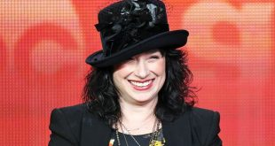 Amy-Sherman-Palladino-networth-salary-cars