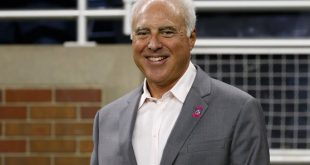 Jeffrey-Lurie-networth-salary-house-cars