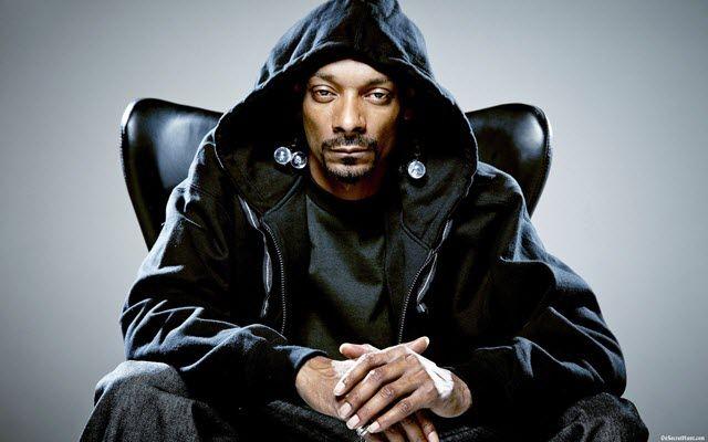 Snoop-Dogg-networth-salary-house-cars-wiki