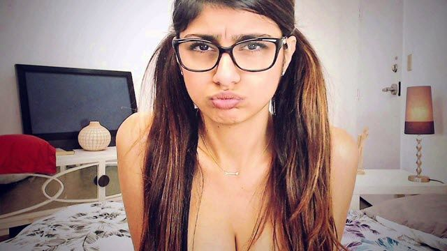 mia-khalifa-networth-salary-house-cars-wiki