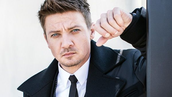 jeremy-renner-networth-salary-house-cars