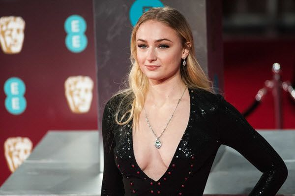 sophie-turner-networth-salary