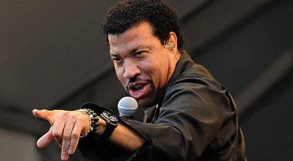 Lionel Richie Net Worth 2018: How Much is Lionel Richie Now?
