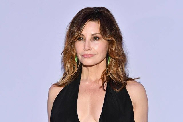 Gina-Gershon-net-worth